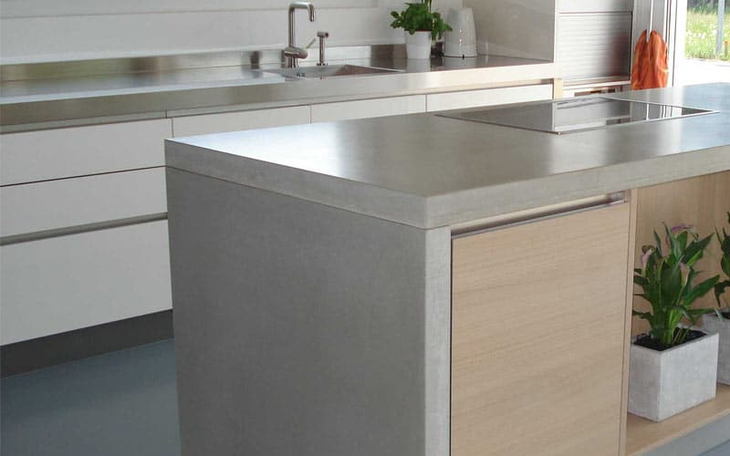 Concrete-Countertops-Waterfall-Leg