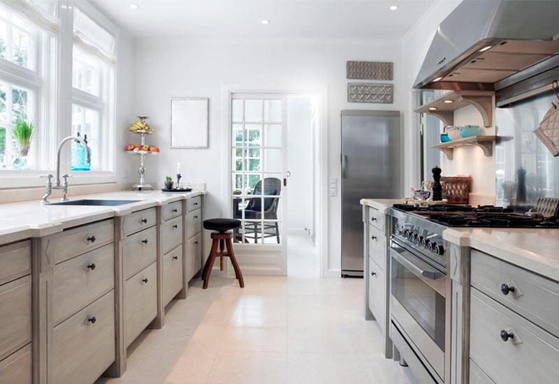 Galley-Kitchen-Layout-EcoHomeConstruction