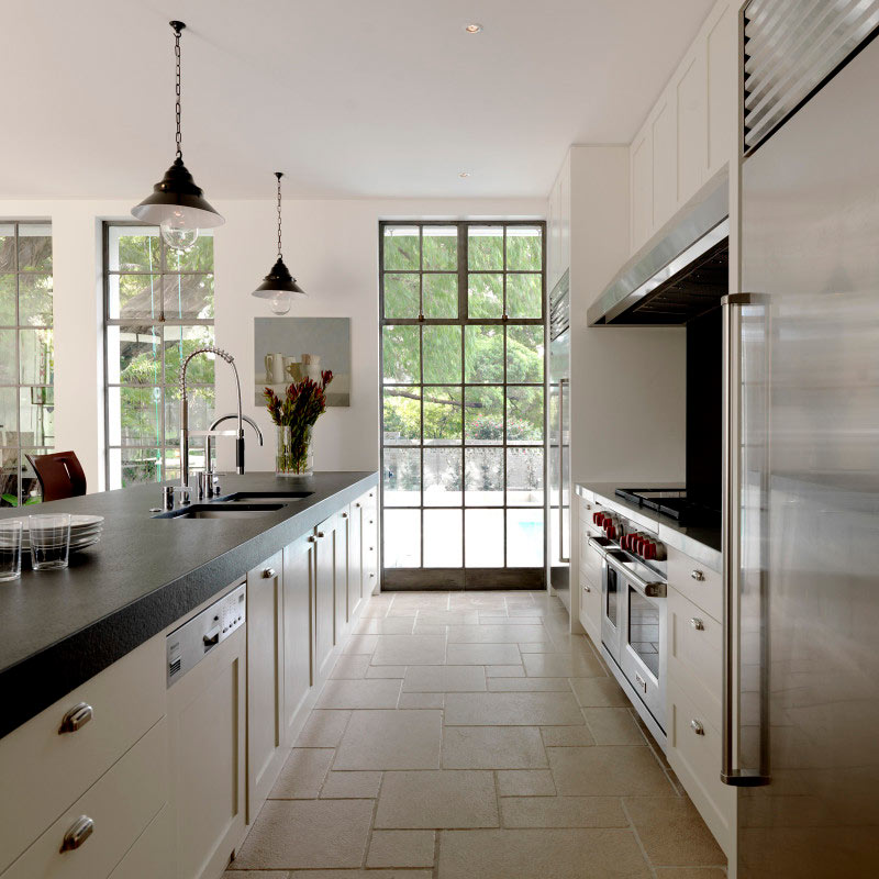 Long-Kitchen-Island-Galley-Layout-luigi-rosselli-Architects