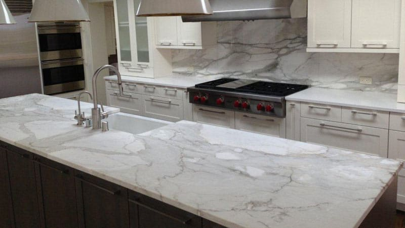 Kitchen countertop materials from granite to laminate Kitchen countertops quartz vs solid surface