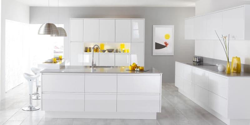 Modern-White-Kitchen-Mozaico