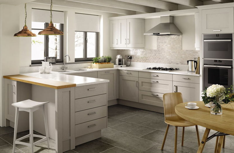 Peninsula-Kitchen-Layout-Second-Nature