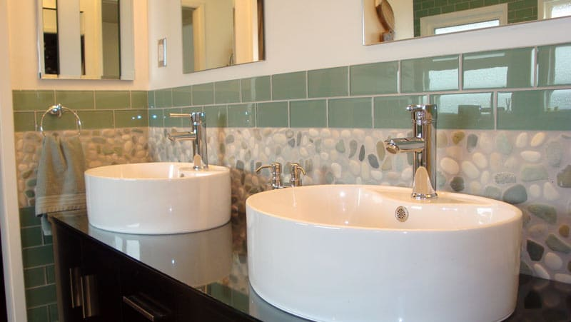 Bathroom-Backsplash-Tile-Ideas-