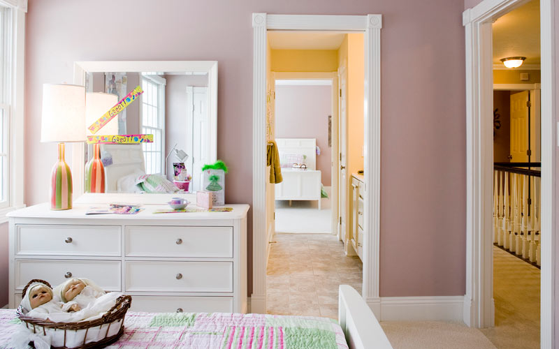 Bathroom remodeling tips home dreamy for Jack and jill bathroom vanity