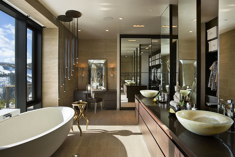 Luxury-Master-Bathroom-HomeDSGN