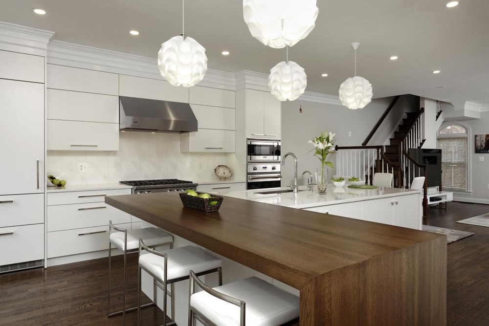 L-Shaped-Kitchen-Island-Jennifer-Gilmer