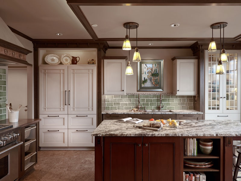 Traditional Kitchen Design with island Robin Rigby Fisher