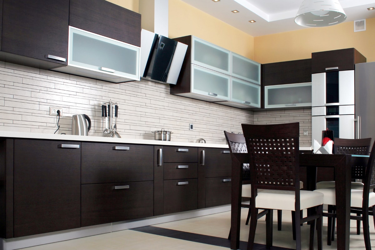 Tile-Kitchen-Backsplash-Dark-Grout-Designs-Brampton-Kitchen