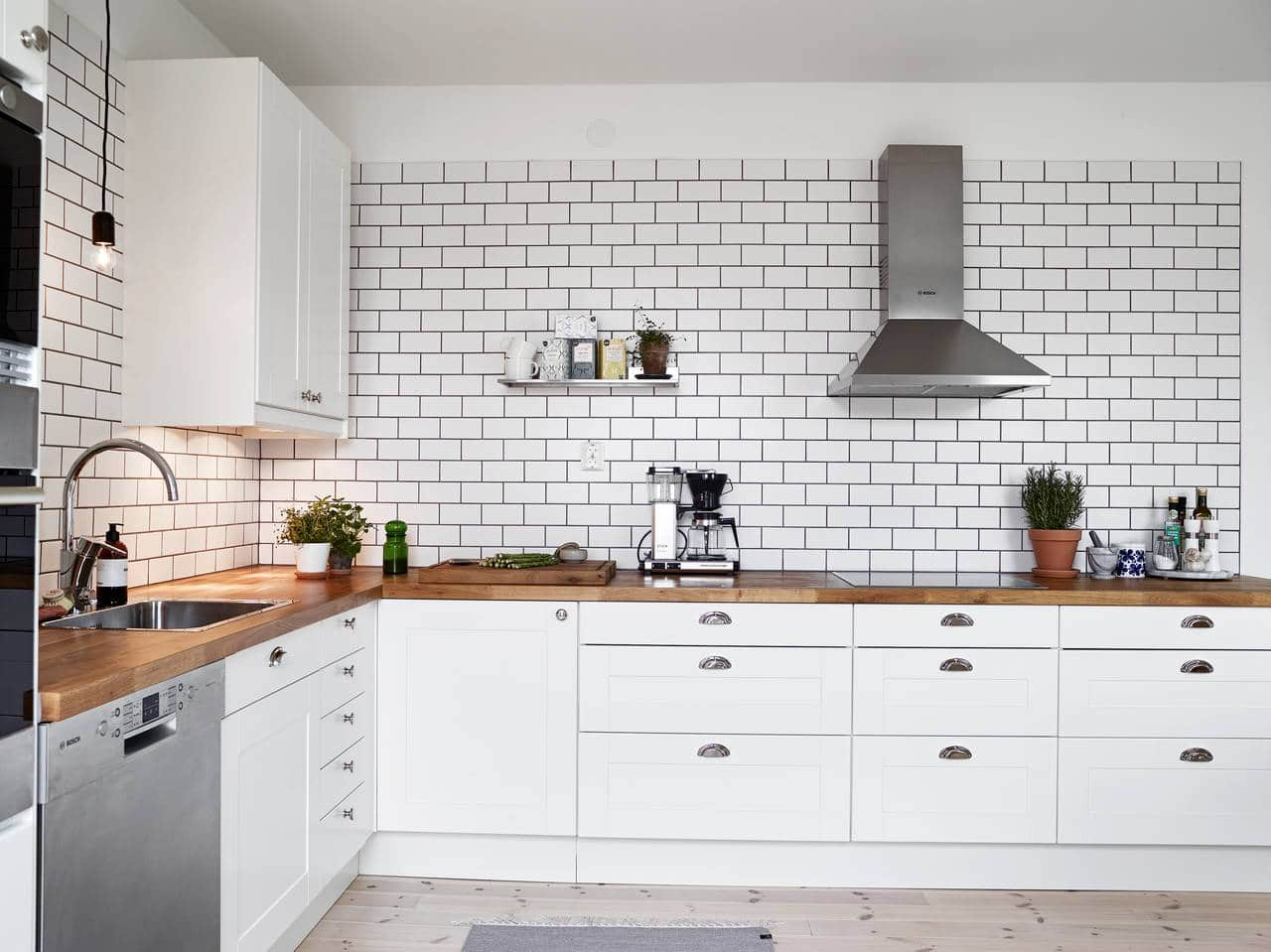 White Tiles Black Grout COCO LAPINE DESIGN