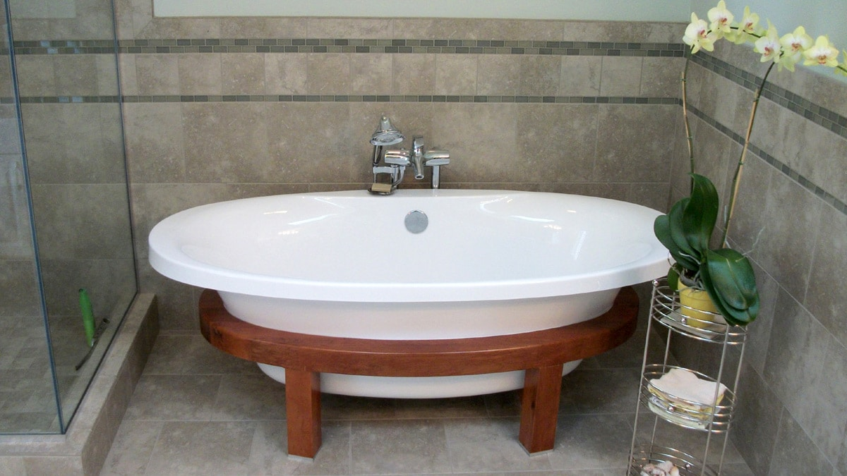 bathtub with wood stand