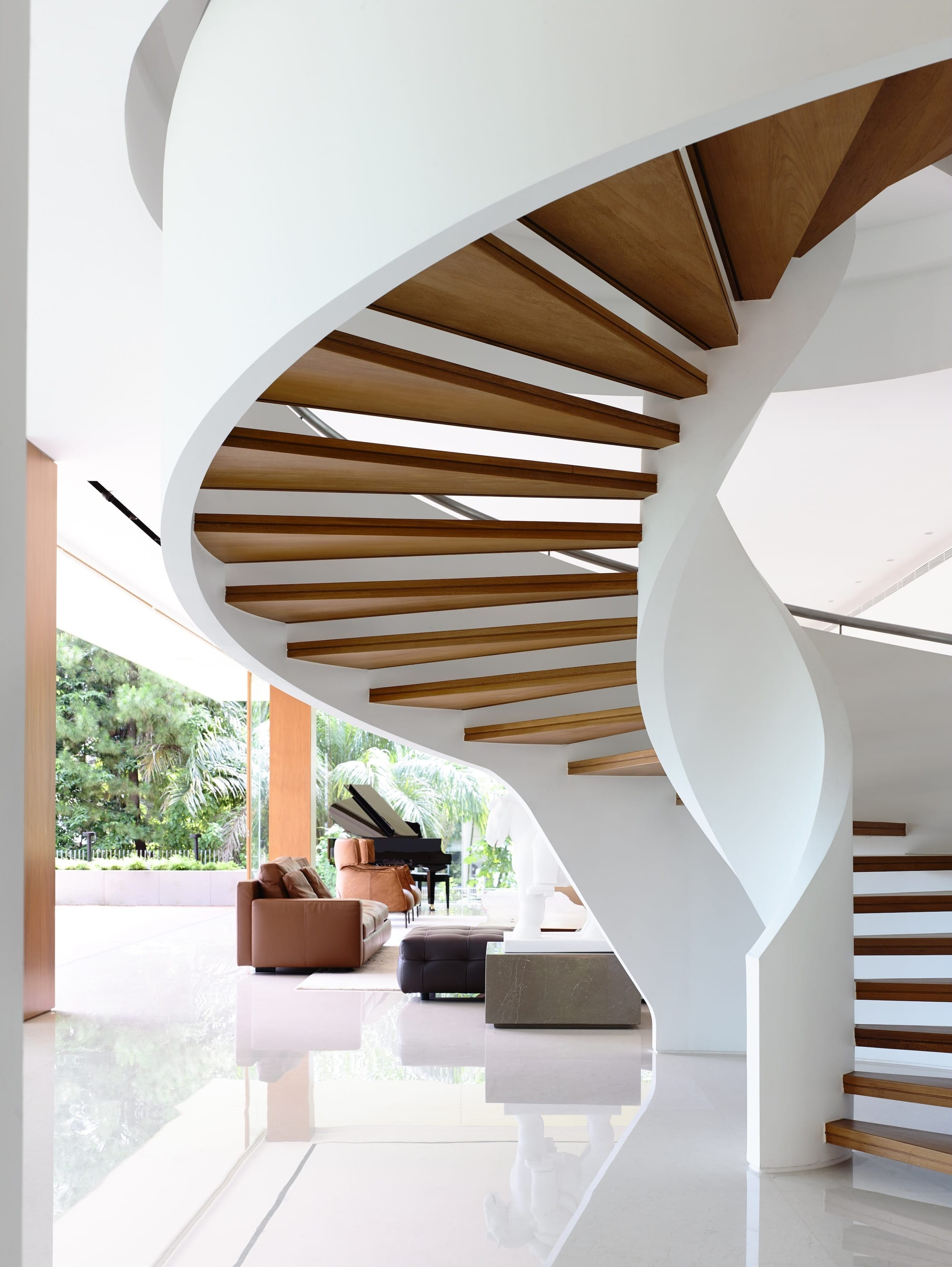 btp-house-by-ong-ong-modern-spiral-staircase