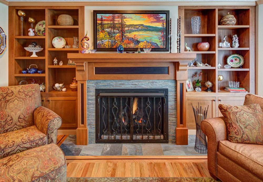 fireplace-tradtional-hammer-and-hand
