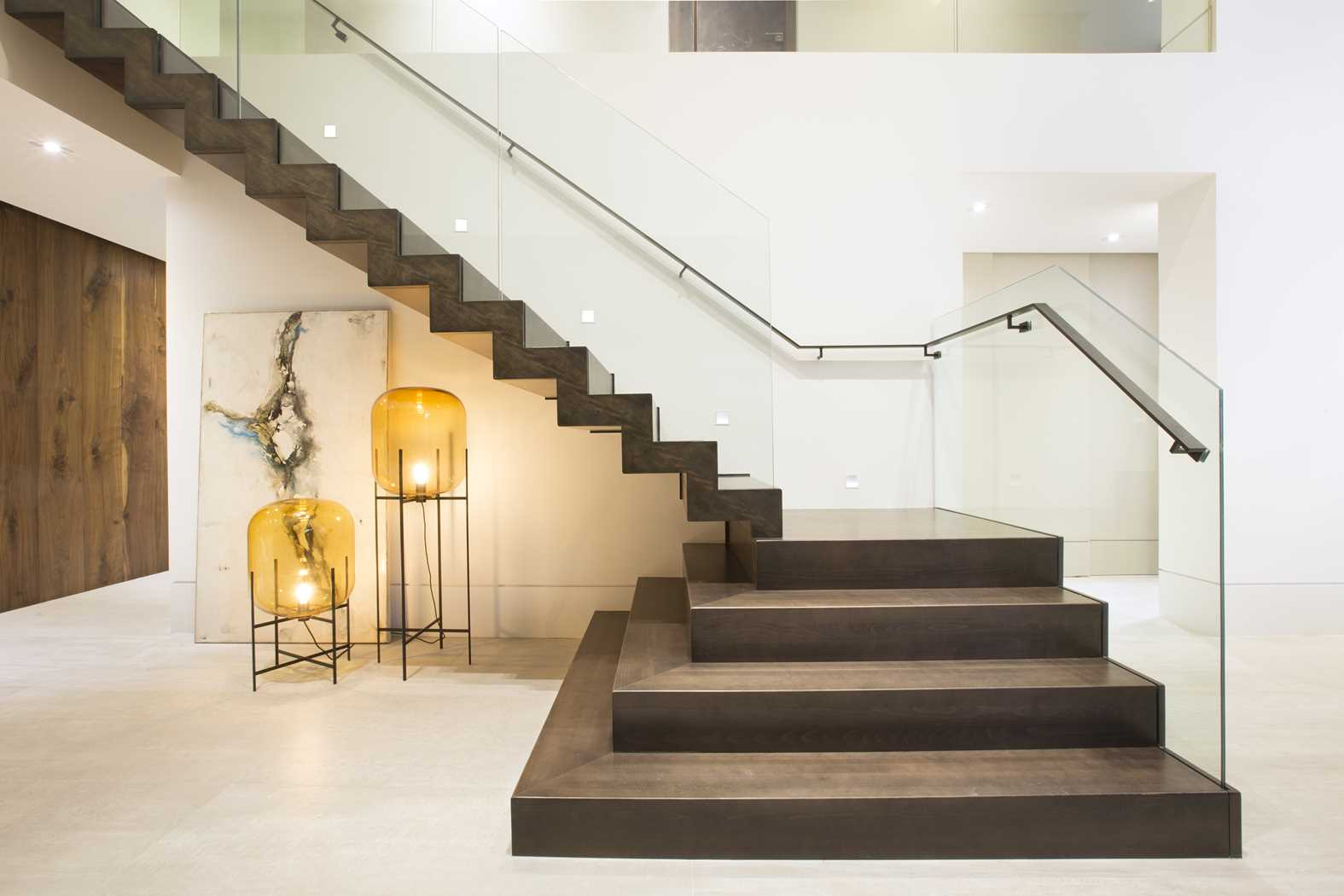 Best 25 Modern Staircase Ideas On Pinterest: 12 Modern Staircases And Railings