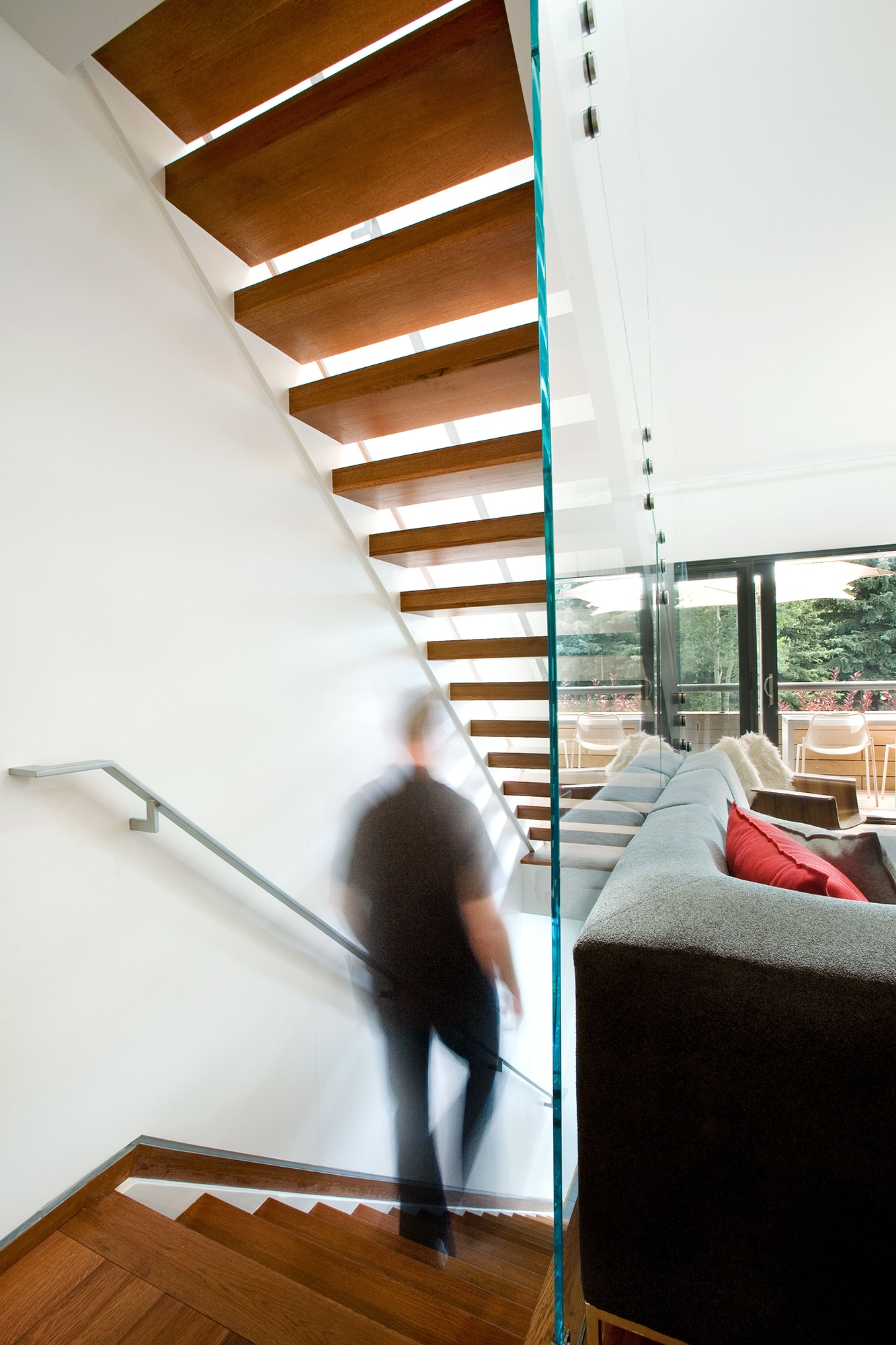 stairs-modern-floating-s2-architects