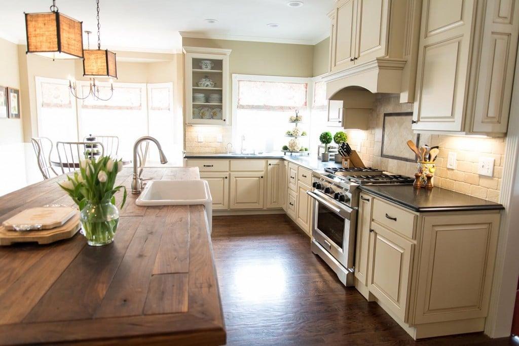 country-kitchen-ideas-rustic-kitchen-island-duet-design-group