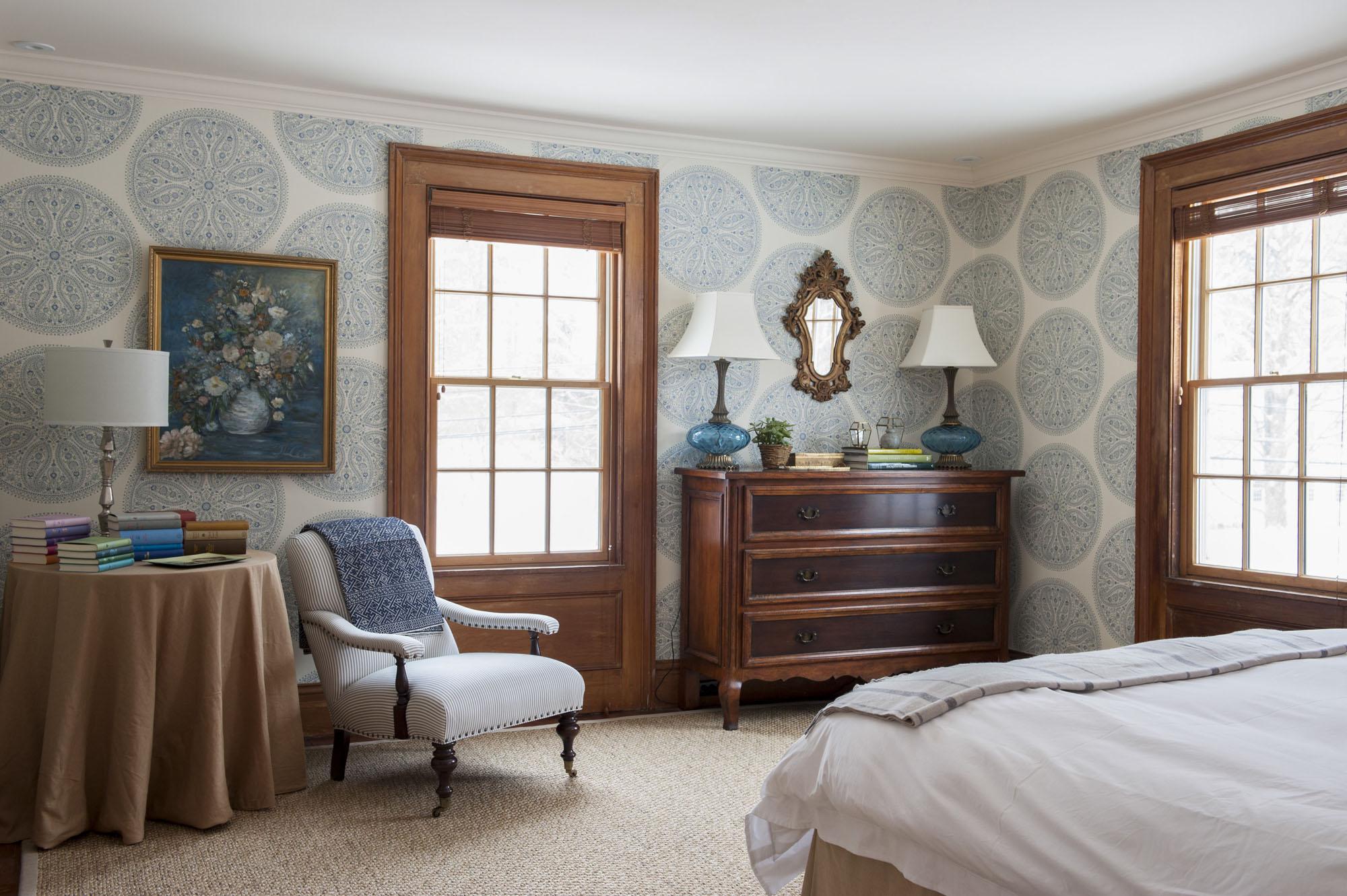master-bedroom-design-ideas-with-wallpaper-rafe-churchill