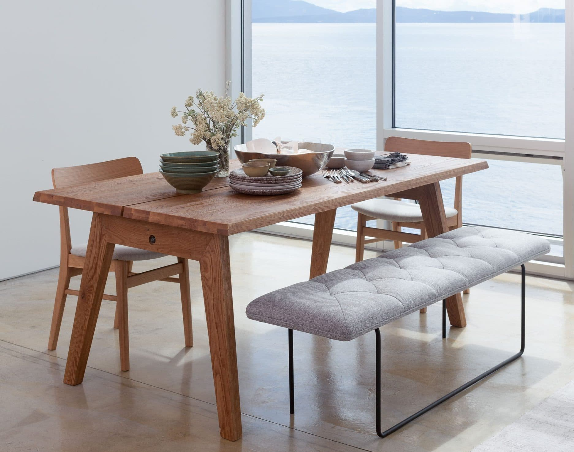 7 rustic dining tables for Modern oak dining table